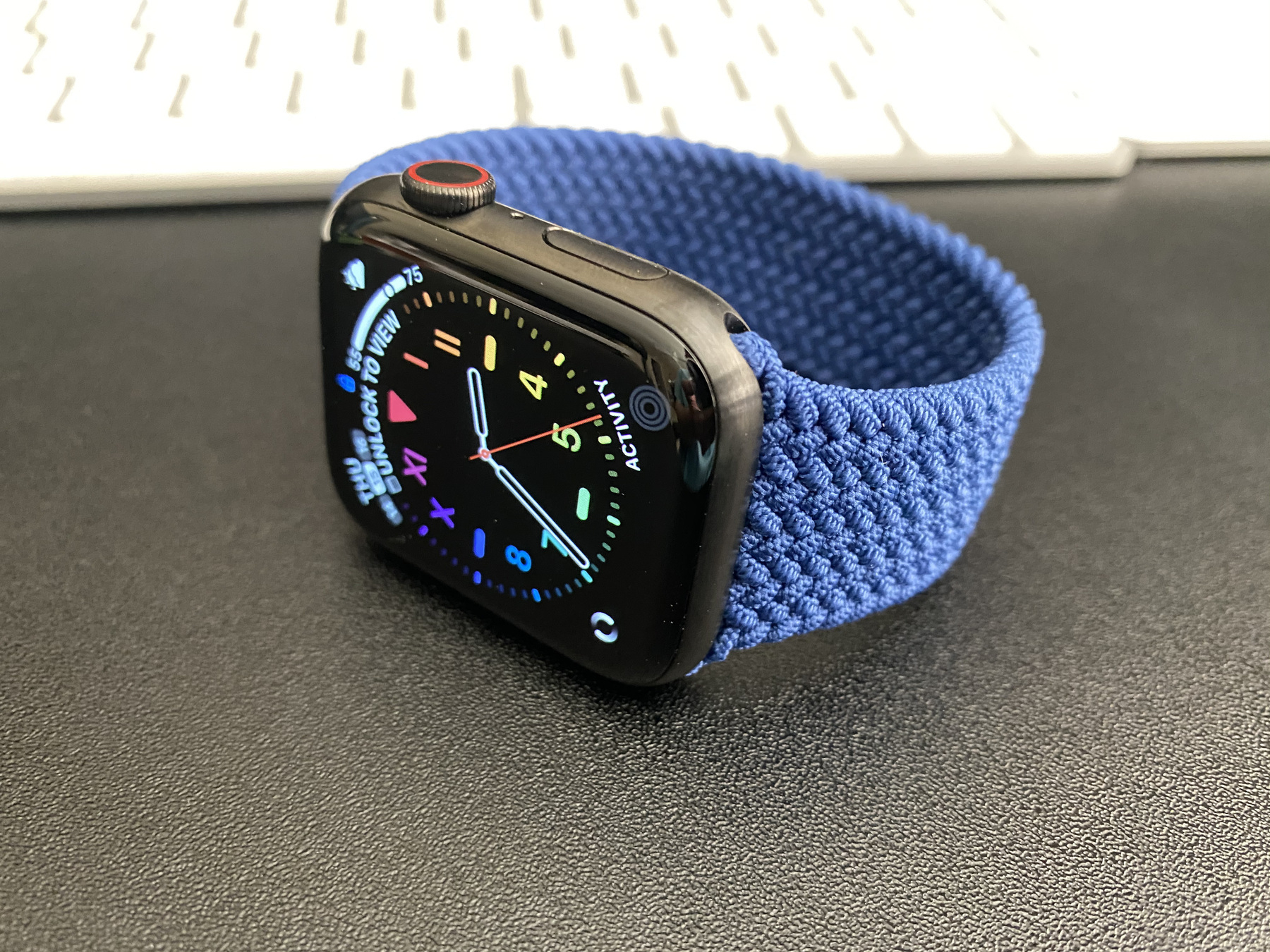 Apple Watch Series 6 in Space Black